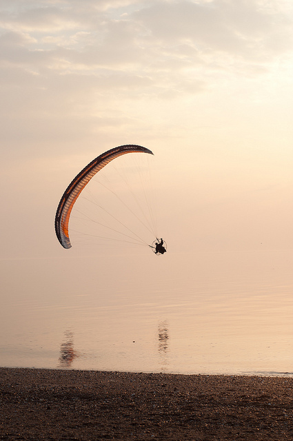 Kite-Surfing-at-Heacham